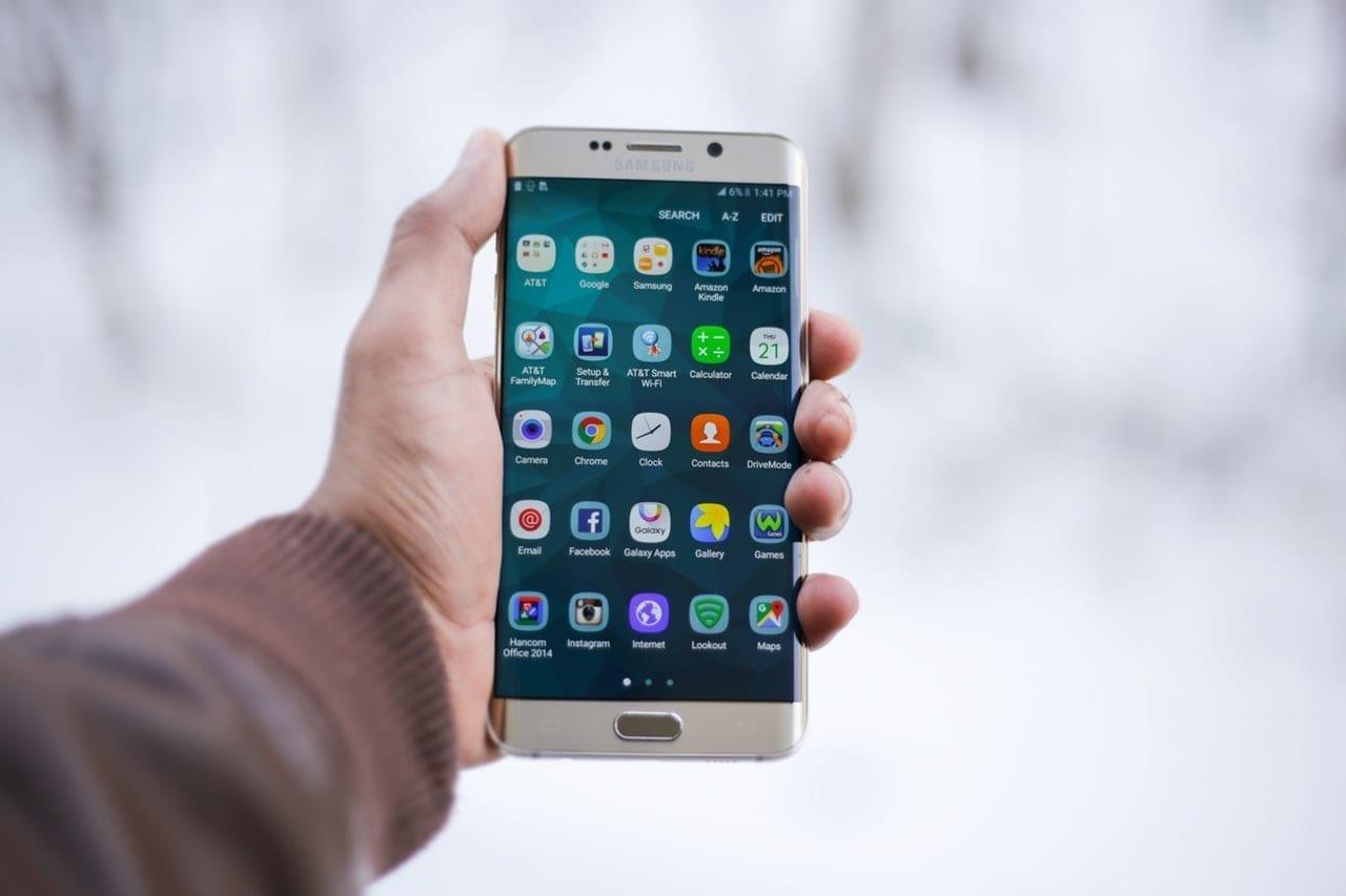 Europa Środkowo – Wschodnia rządzi na smartfonach!