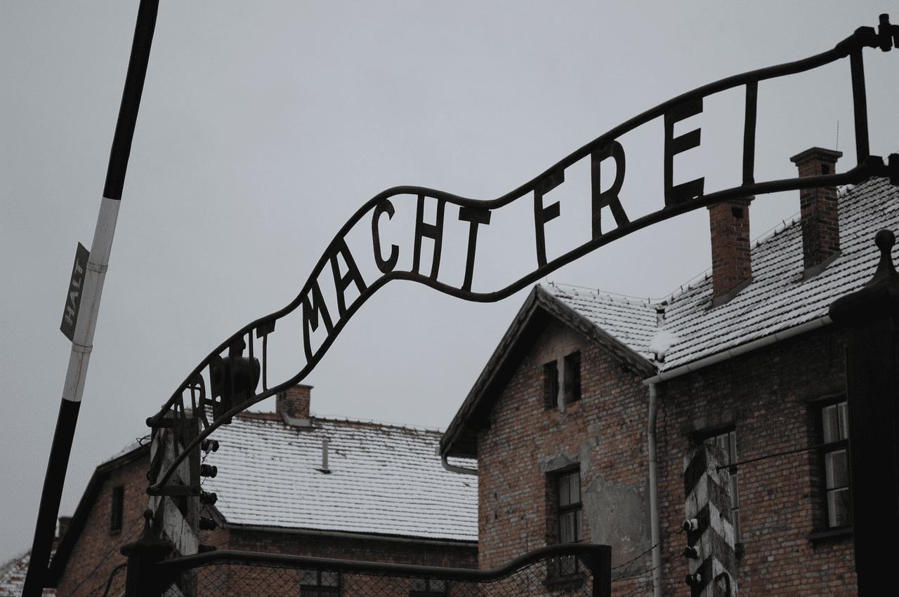 Polska przegrywa wojnę o pamięć