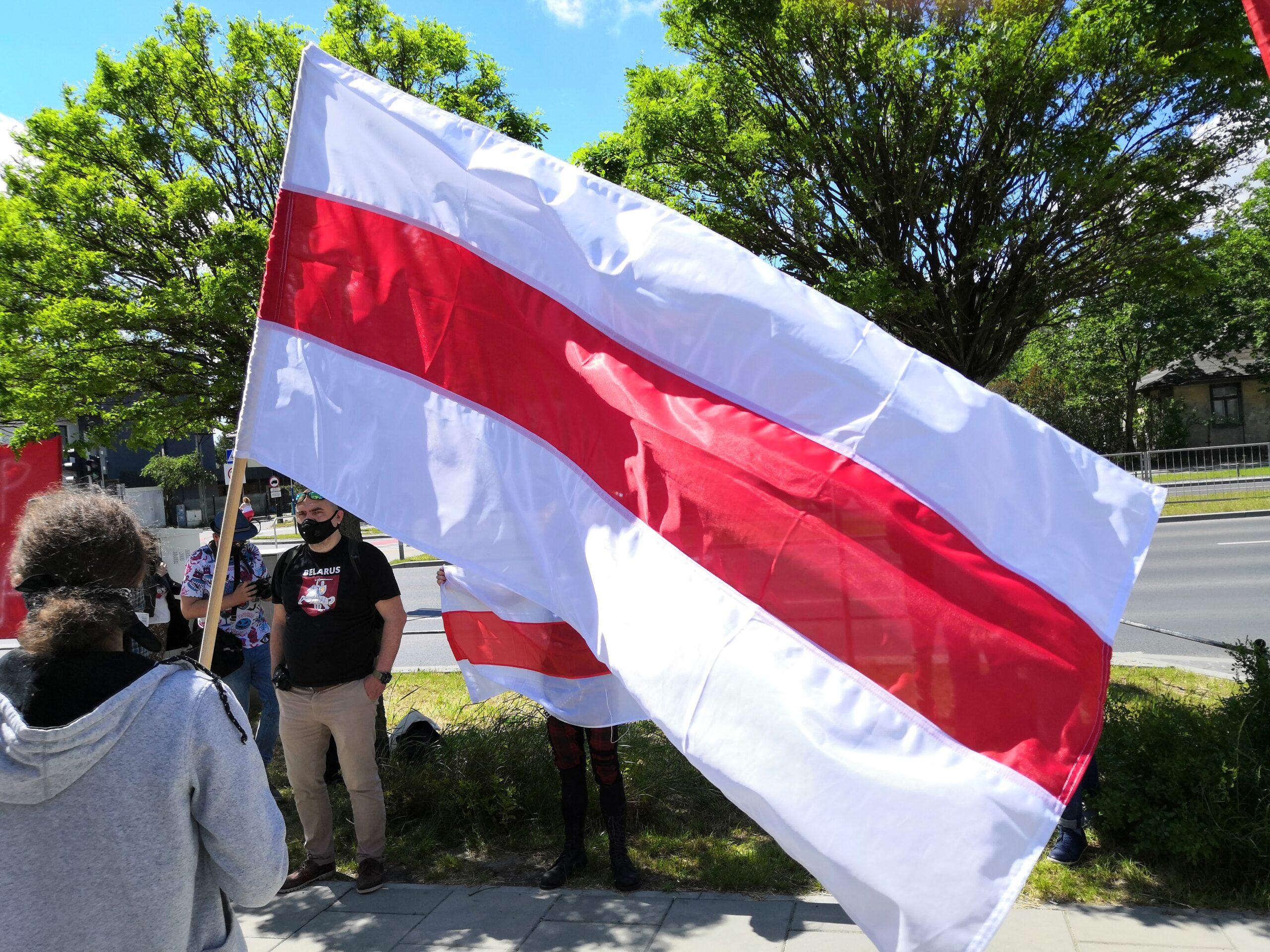 Kolejne protesty pod ambasadą Białorusi w Warszawie