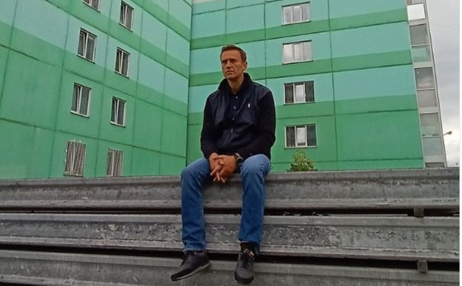Aleksiej Nawalny w śpiączce
