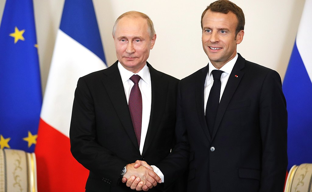 Macron rozmawiał z Putinem o Białorusi i Górskim Karabachu