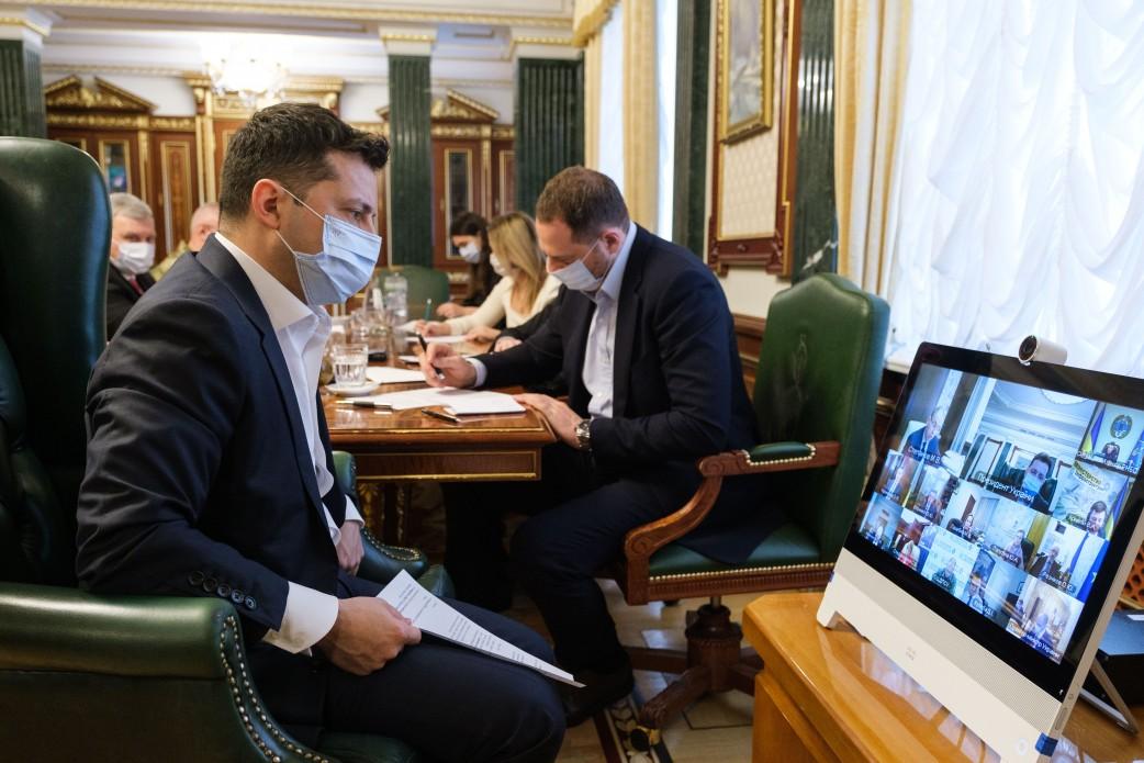 Ukraina myśli o swoich paszportach dla zaszczepionych przeciwko covid-19