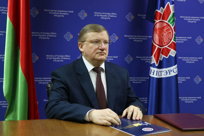 Czy komuś się to podoba, czy nie, Białoruś idzie własną drogą – wywiad z ambasadorem Białorusi w Polsce