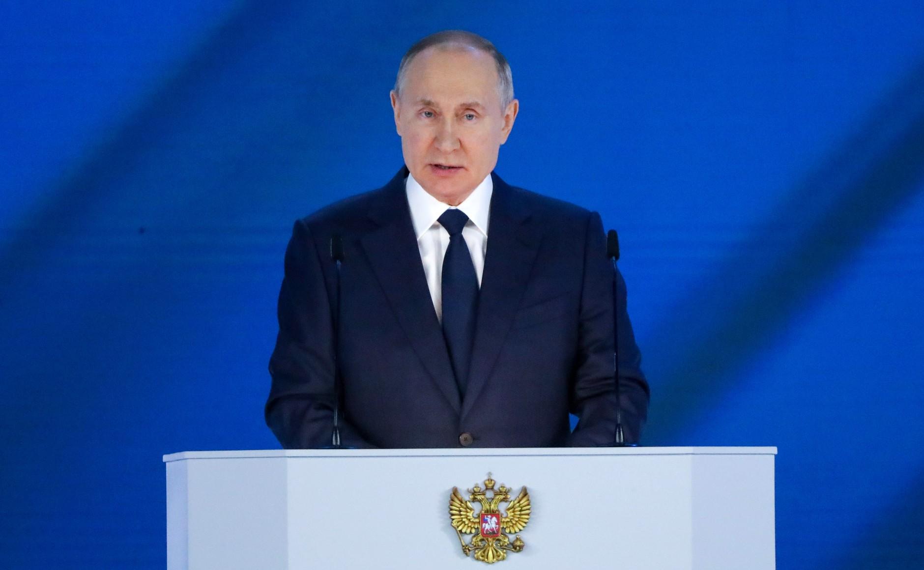 Putin chwali się programem szczepień na covid
