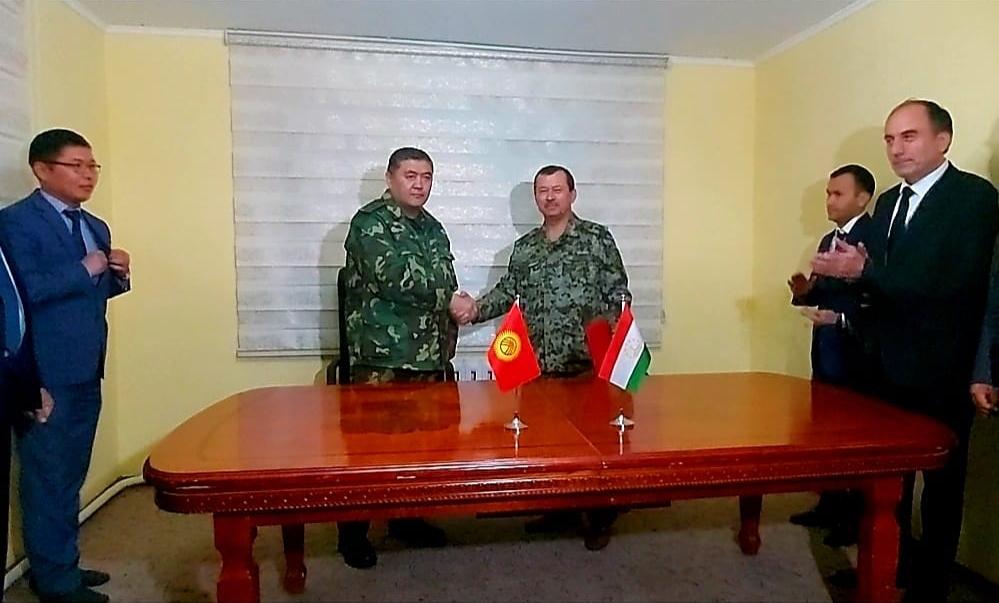 Tadżykistan i Kirgistan wycofały wojska ze strefy przygranicznej. Kryzys zażegnany?