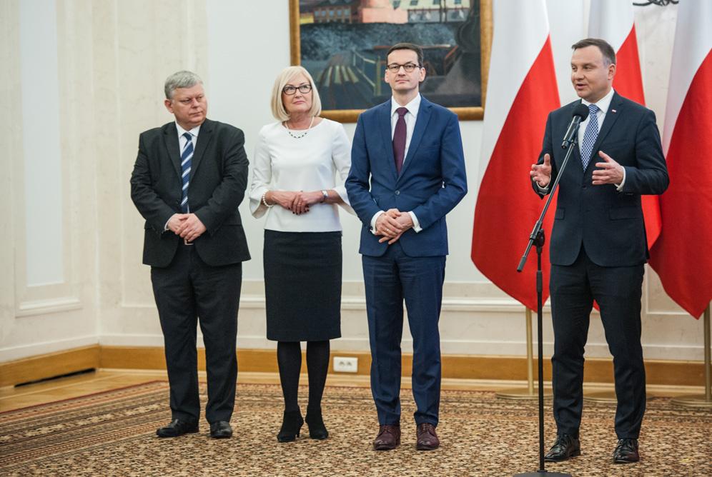 Duda i Morawiecki komentują sytuację z uziemieniem samolotu Ryanair w Mińsku