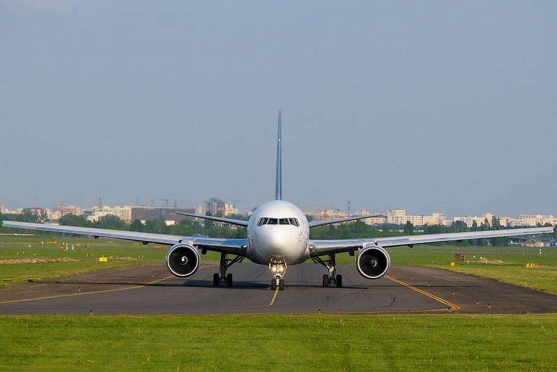 Rosjanie zatrzymali polski samolot w Petersburgu, żeby aresztować opozycjonistę