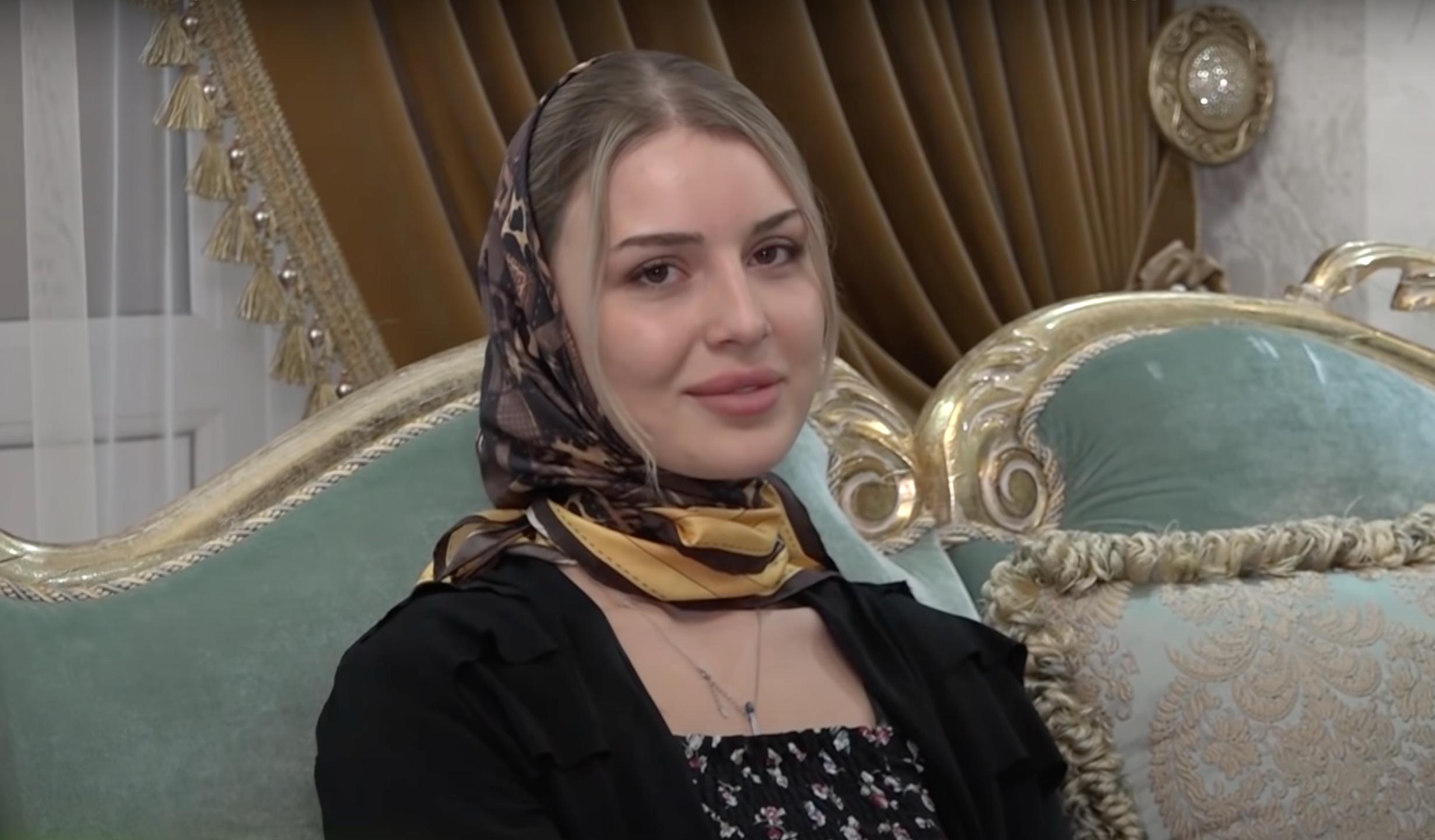Czeczenia: Córka znanego sojusznika Kadyrowa odcina się od słów o byciu prześladowaną