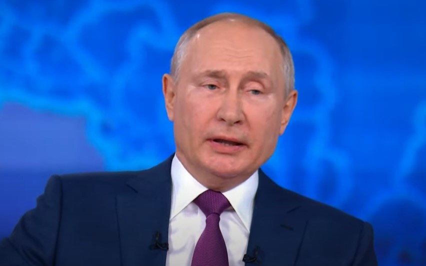Putin chce wydłużyć służbę generałom i marszałkom