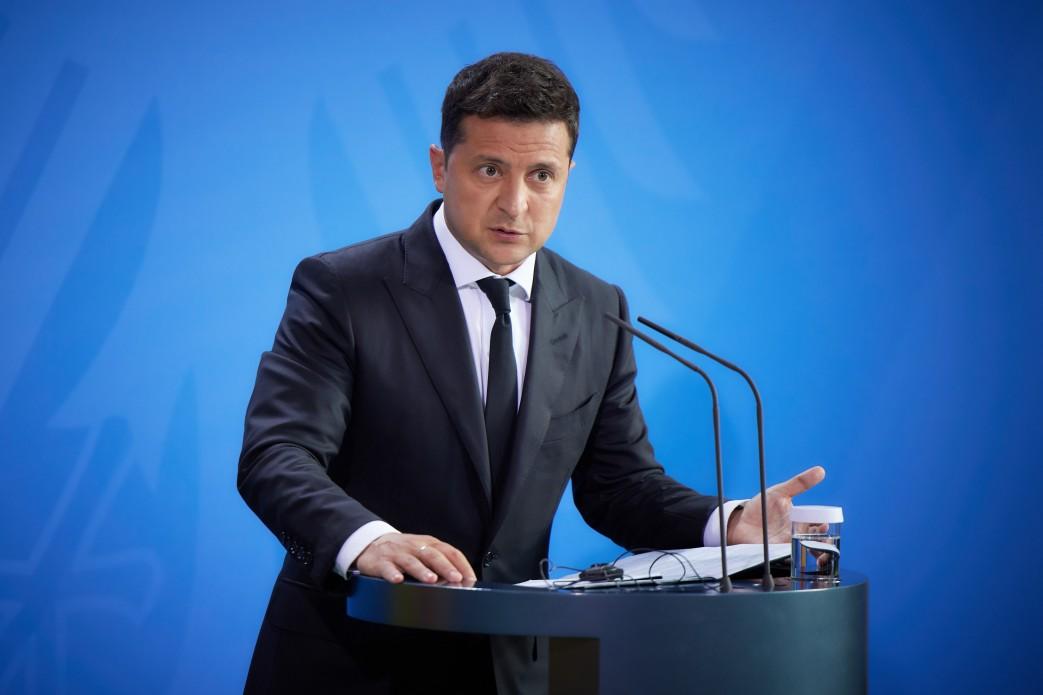 Zełenski spotkał się z Merkel. Powiedział, co trzeba zrobić, żeby doprowadzić do pokoju w Ukrainie