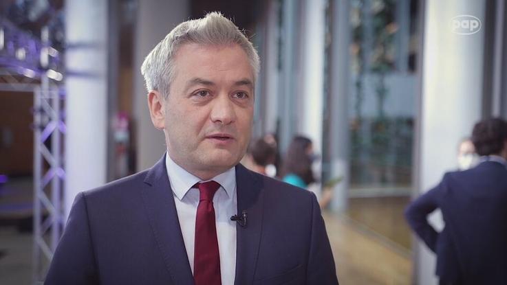 Robert Biedroń: Białoruś potrzebuje planu Marshalla