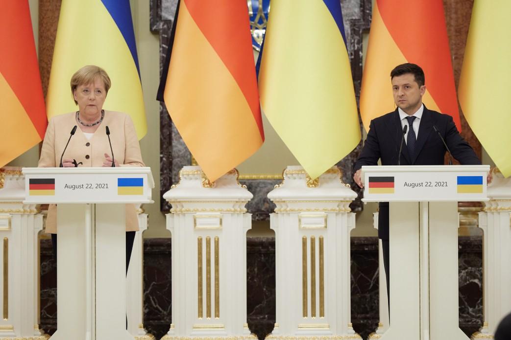 Wizyta Merkel w Kijowie. Najważniejszym tematem był Donbas