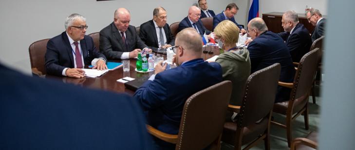 Rau spotkał się z Ławrowem. Pierwsze takie rozmowy od dwóch lat na linii Warszawa-Moskwa