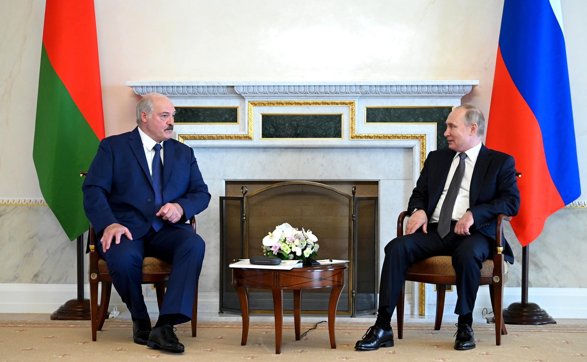 Putin rozmawiał z Łukaszenką. Zjednoczenie krajów będzie, ale jeszcze nie teraz