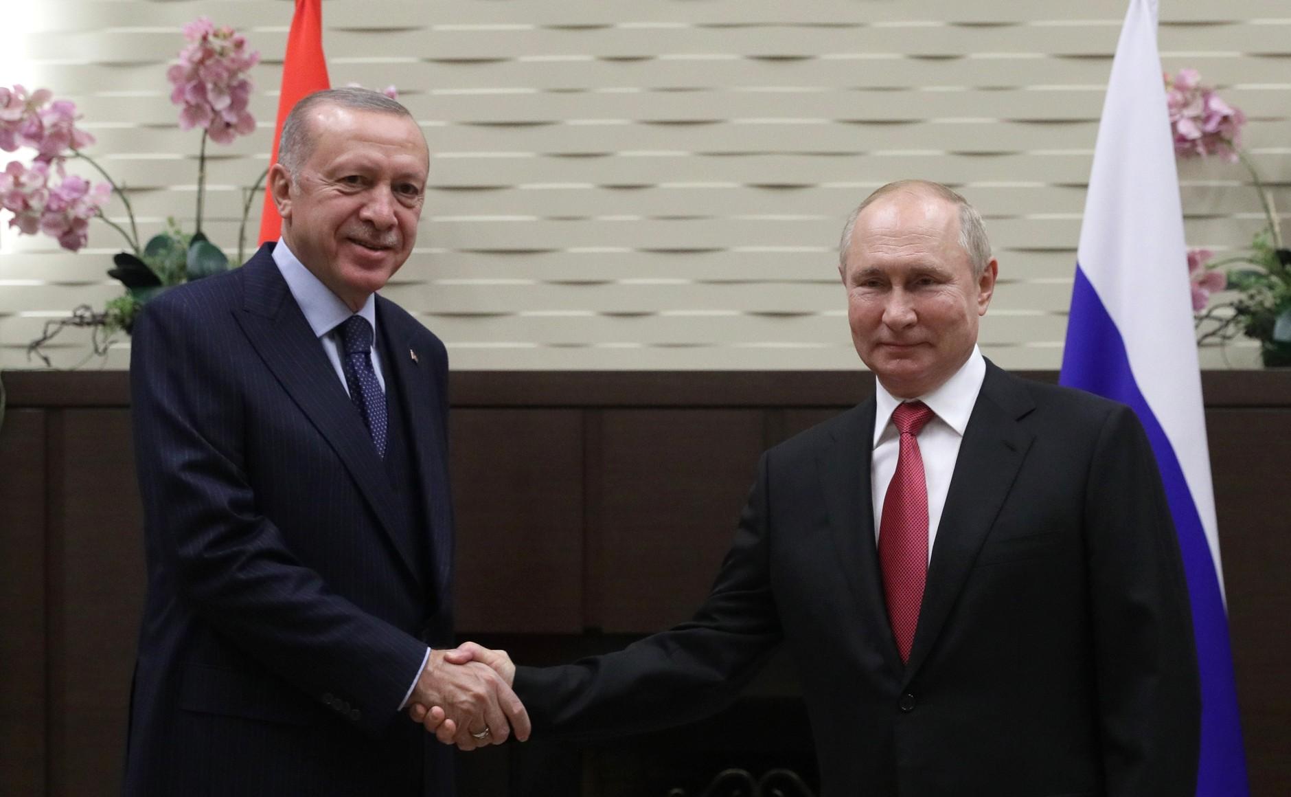 Putin zakończył samoizolację spotkaniem z Erdoganem